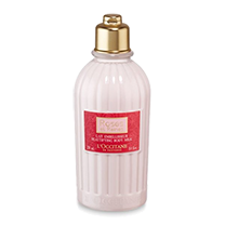Sữa dưỡng thể L'Occitane Roses Et Reines Beautifying Body Milk